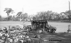 First Maldon Folk Festival, 1974, Football Oval, Maldon. Photo: Russell Boyd.